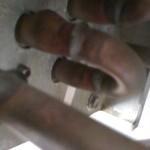 tipica rottura da ghiaccio di tubazioni di uno scambiatore a pacco alettato per free cooling
