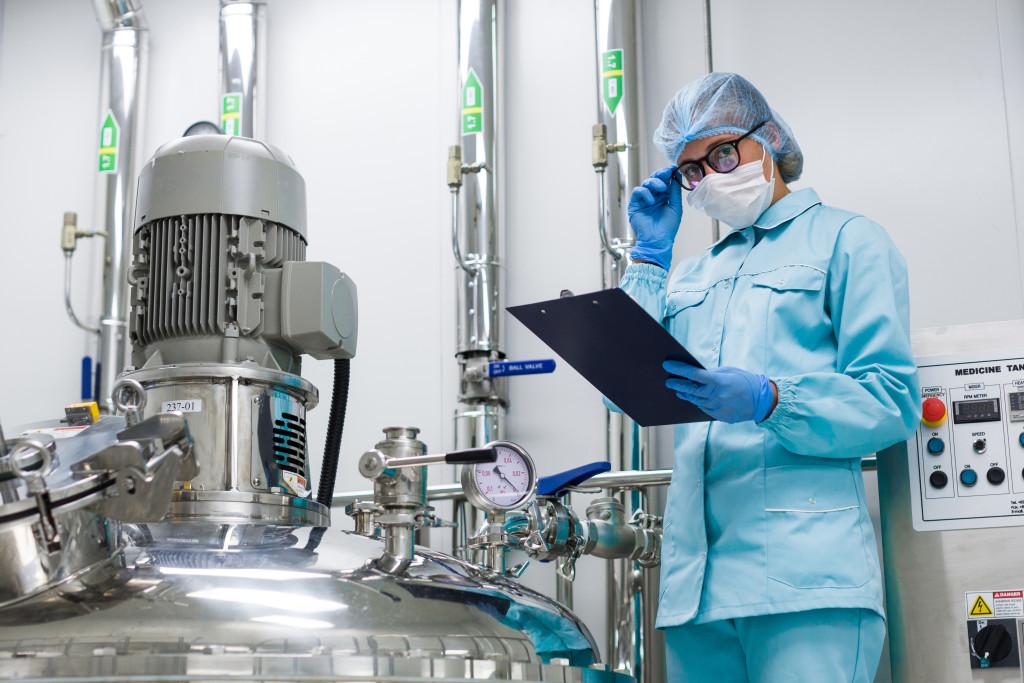 supervisor in temperature production control process