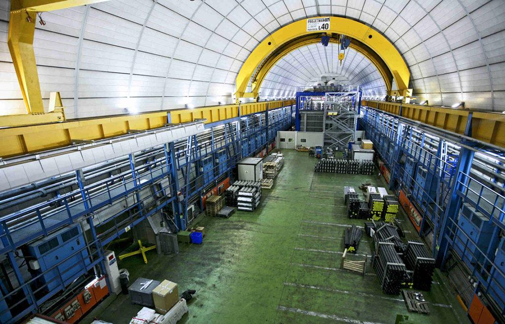 LNGS fisica nucleare Gran Sasso
